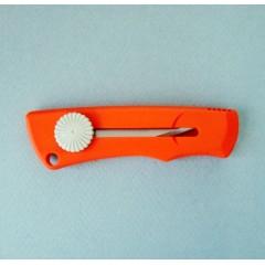 Cutit/cutter mediu utilitar cu lama de inox NT Cutter.