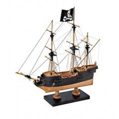 Nava Pirati navomodel juniori, Amati